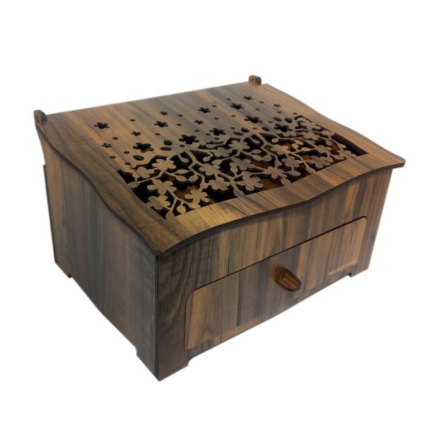 جعبه لوازم آرایش مهدی یار کد 213