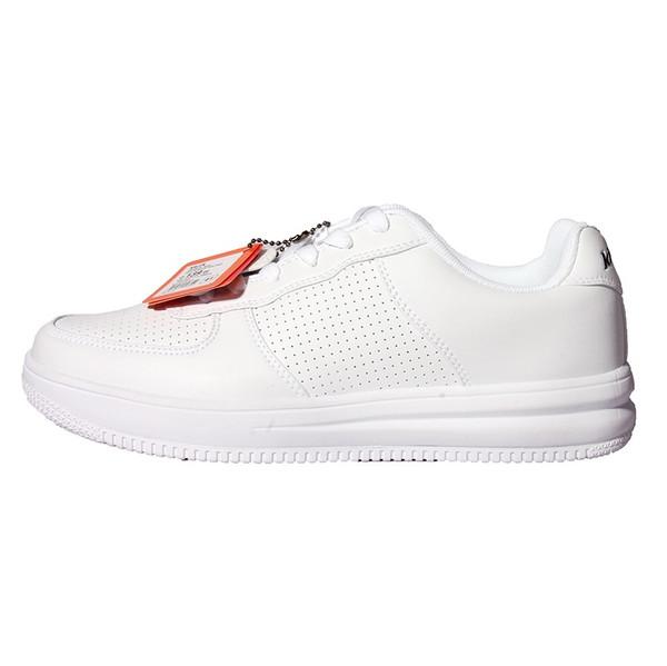 کفش مخصوص پیاده روی مردانه کینتیکس مدل kalen رنگ سفید