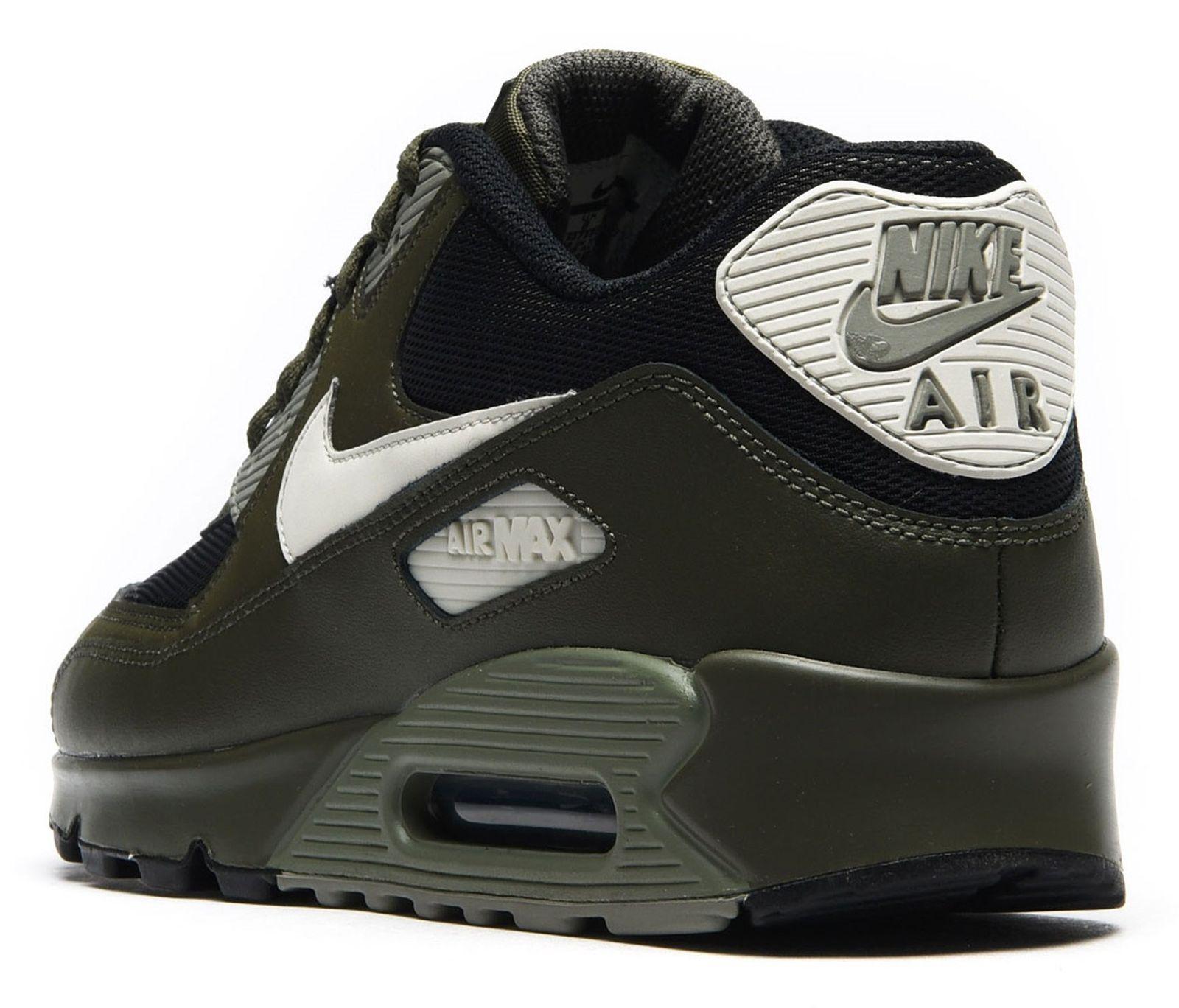 کفش ورزشی دویدن مردانه Air Max 90 Essential - نایکی - زيتوني تيره - 4