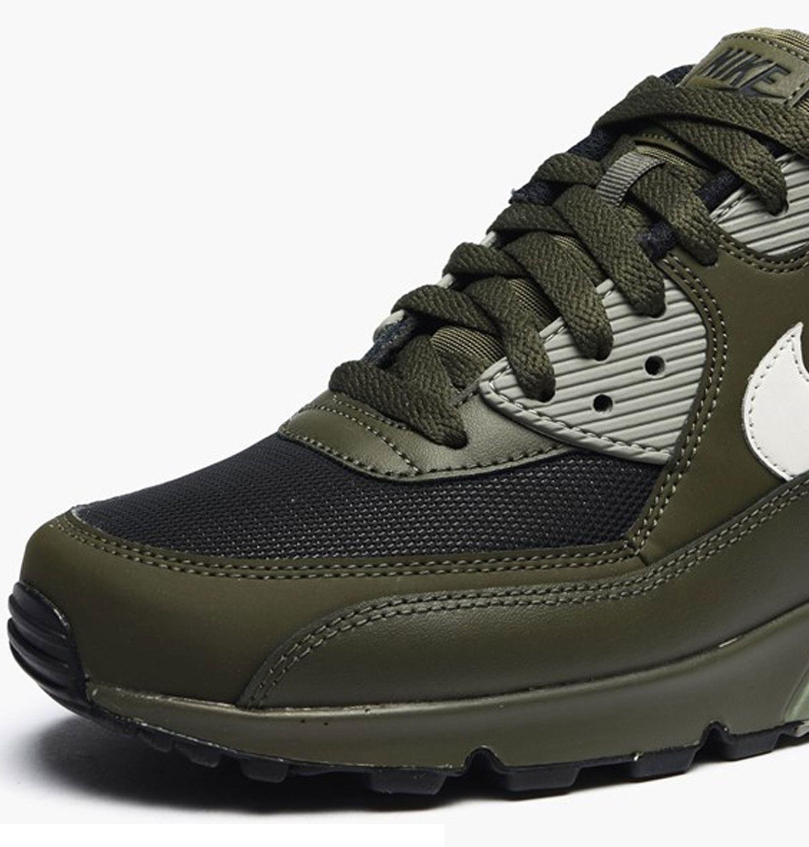 کفش ورزشی دویدن مردانه Air Max 90 Essential - نایکی - زيتوني تيره - 6