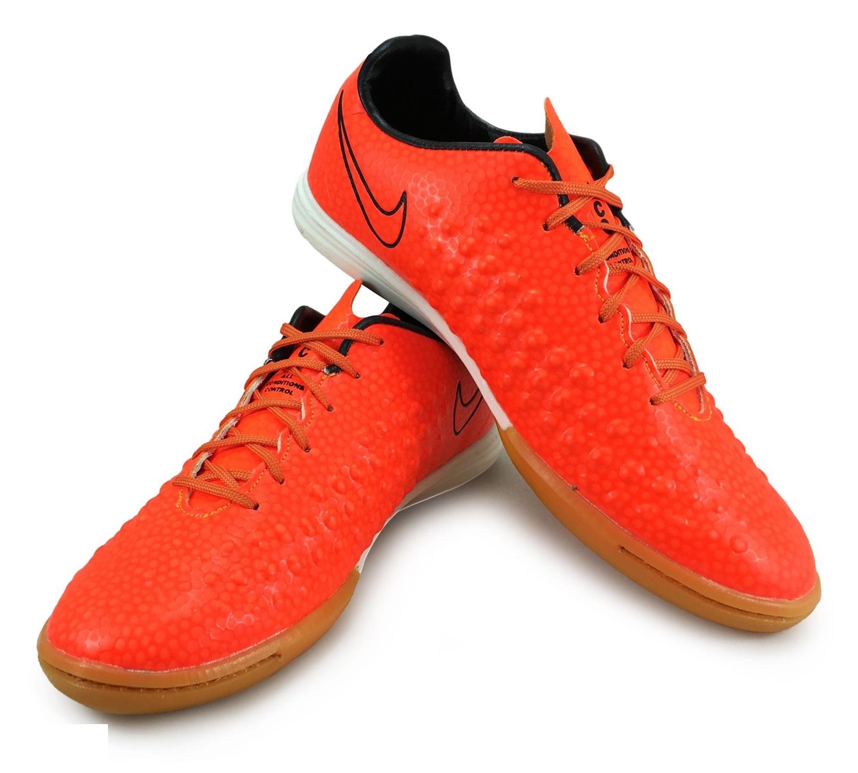 کفش فوتسال مردانه کد B5437