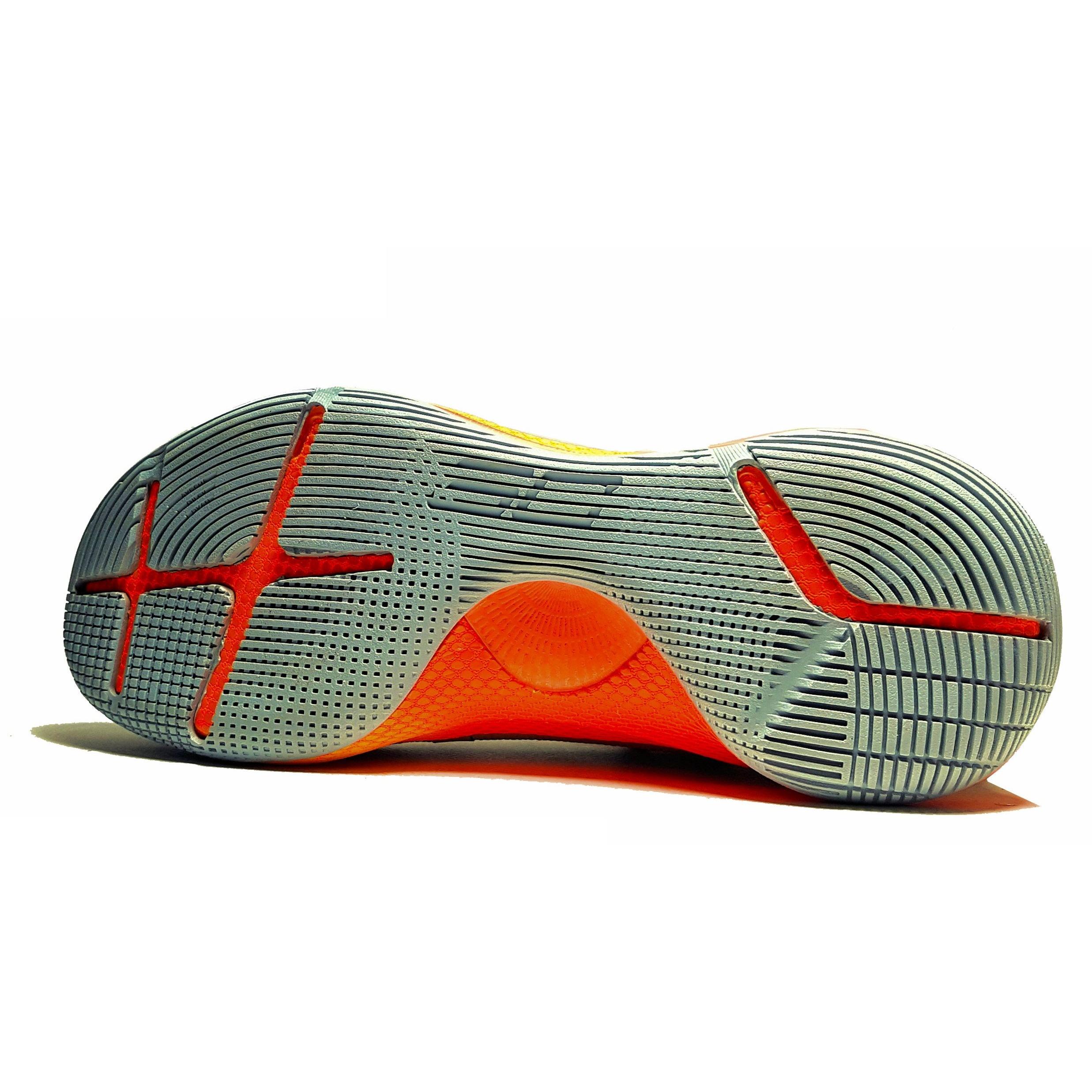 کفش مخصوص پیاده روی مردانه مدل Curry 6 Wolf