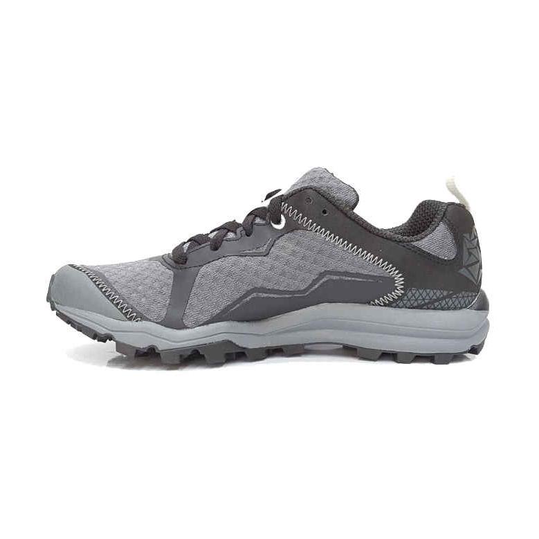 کفش مخصوص پیاده روی زنانه مرل مدل 740
