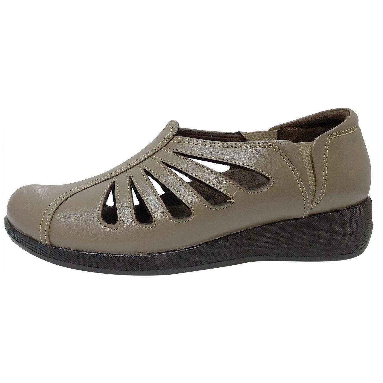خرید                      کفش روزمره زنانه روشن مدل شاهین کد 04