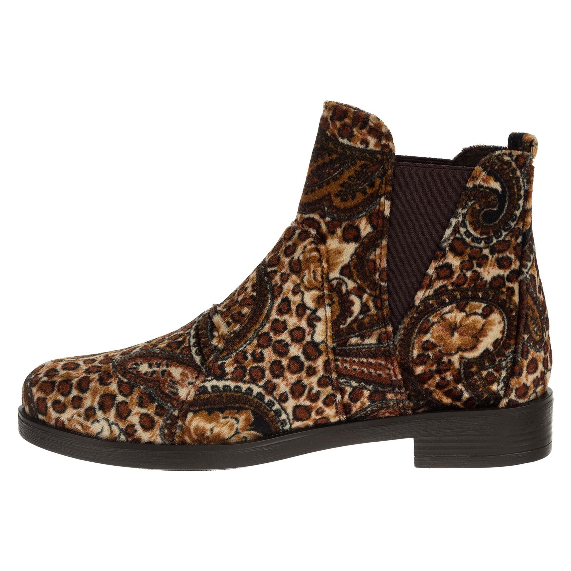 بیش از 80 نمونه مدل کفش زنانه با تخفیف ویژه