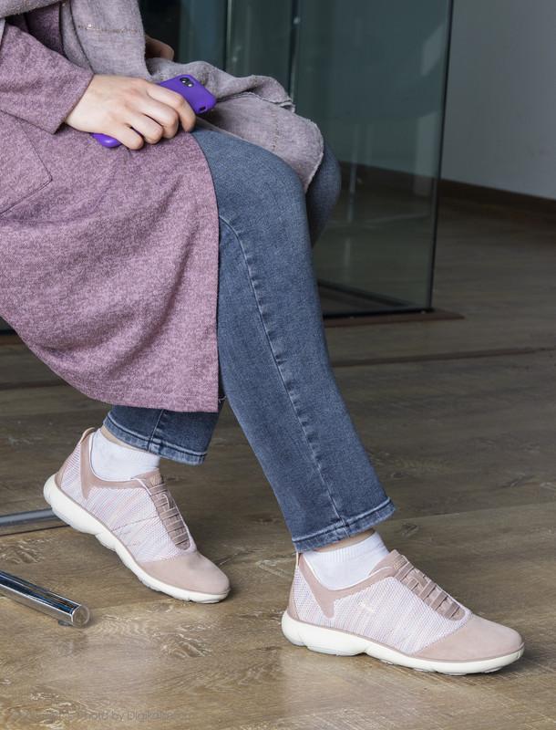 کفش روزمره زنانه جی اوکس مدل D621EC-06K22-C8056