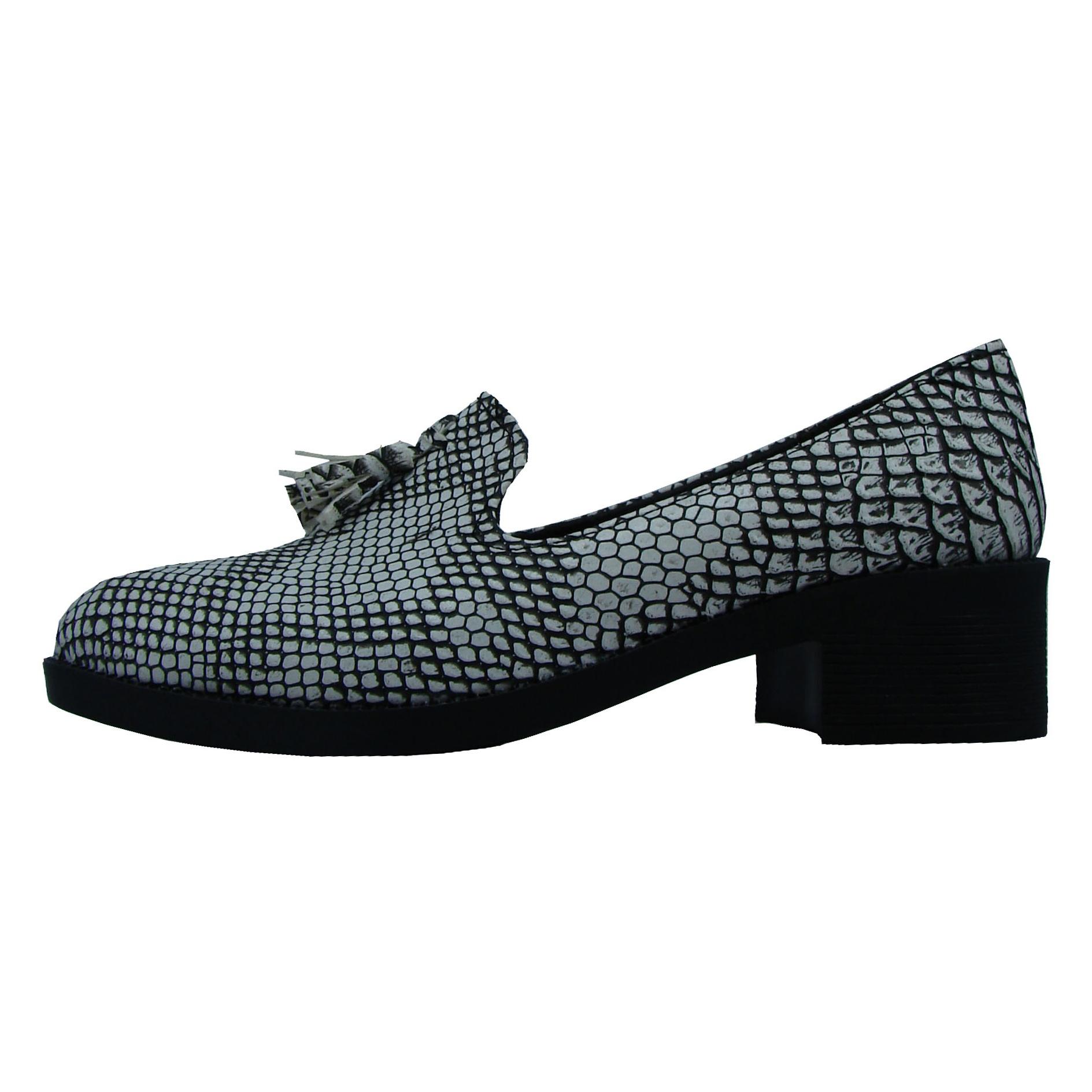 کفش زنانه منگوله دار طوسی مدل 0023