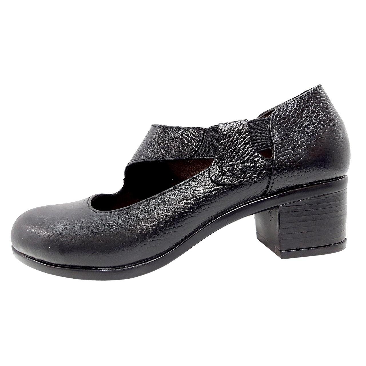 خرید                      کفش زنانه روشن مدل 2075 کد 01