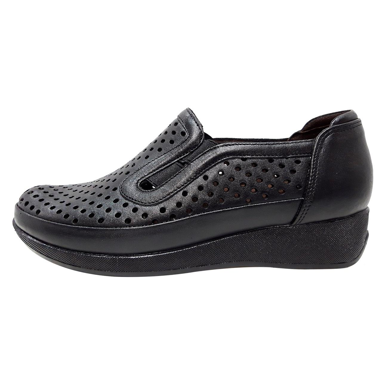 خرید                      کفش زنانه روشن مدل 2022 کد 01
