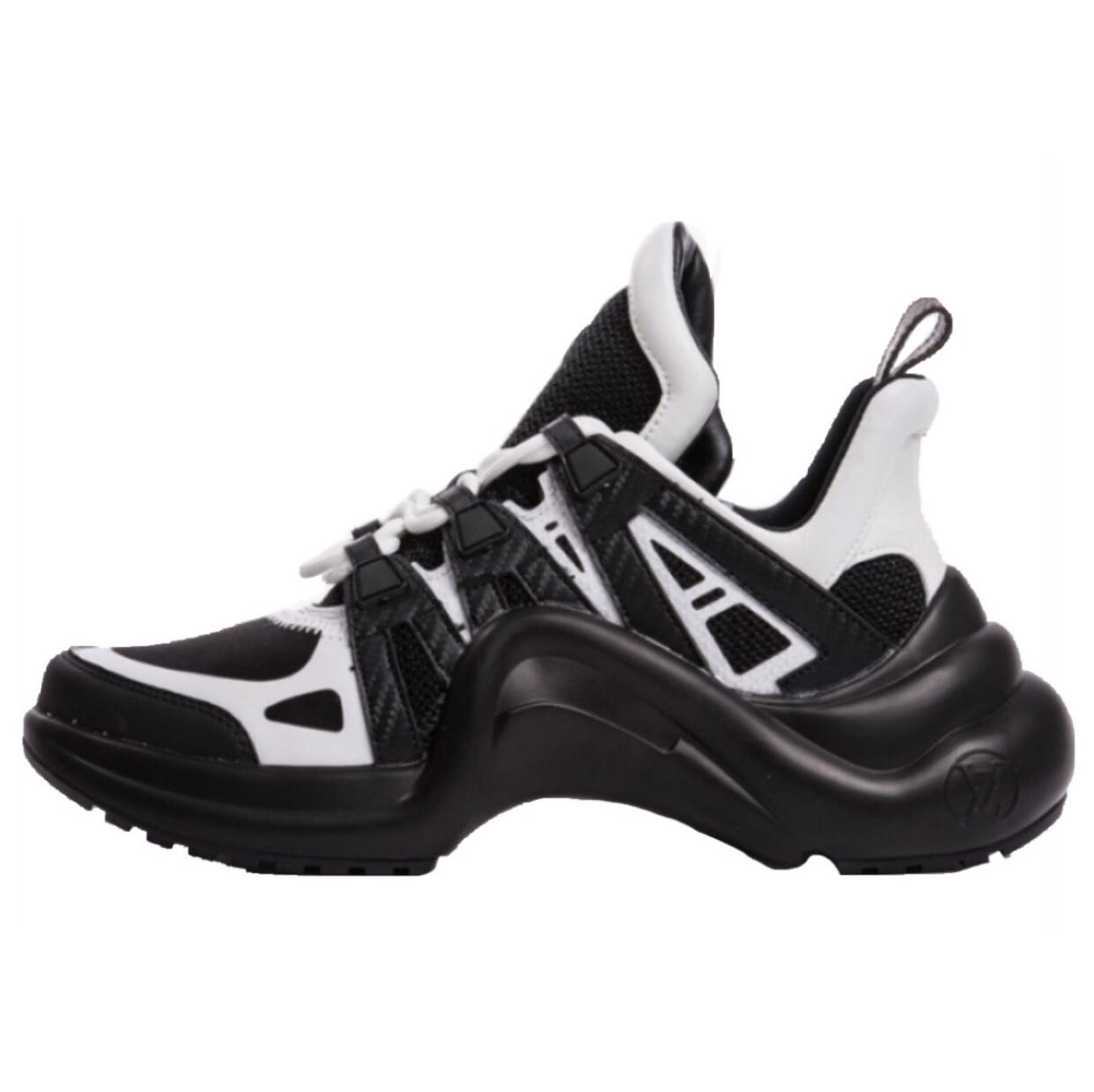 کفش مخصوص پیاده روی زنانه مدل آرچ لایت کد ۰۲۰