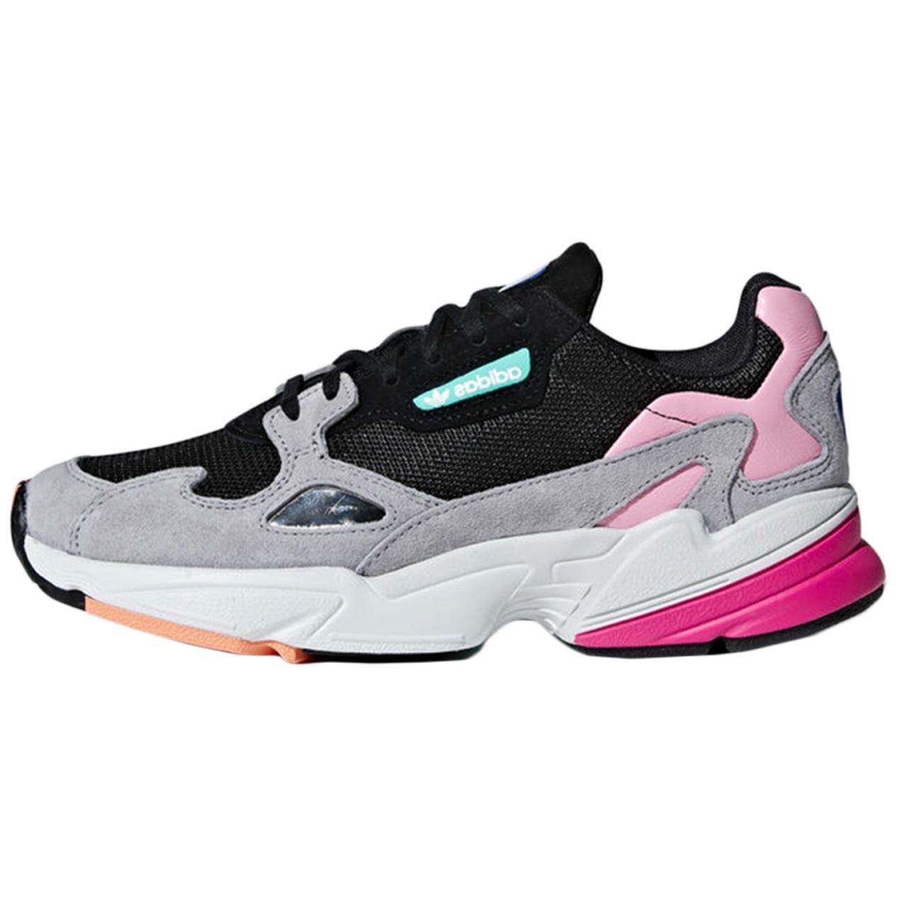 کفش مخصوص  پیاده روی زنانه آدیداس مدل Falcon  کد 676001
