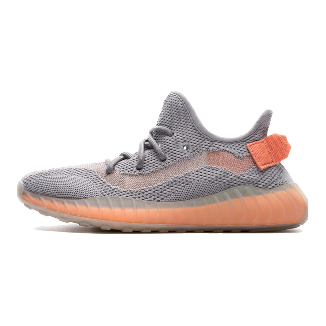 کفش مخصوص دویدن زنانه آدیداس مدل Yeezy 350 v3