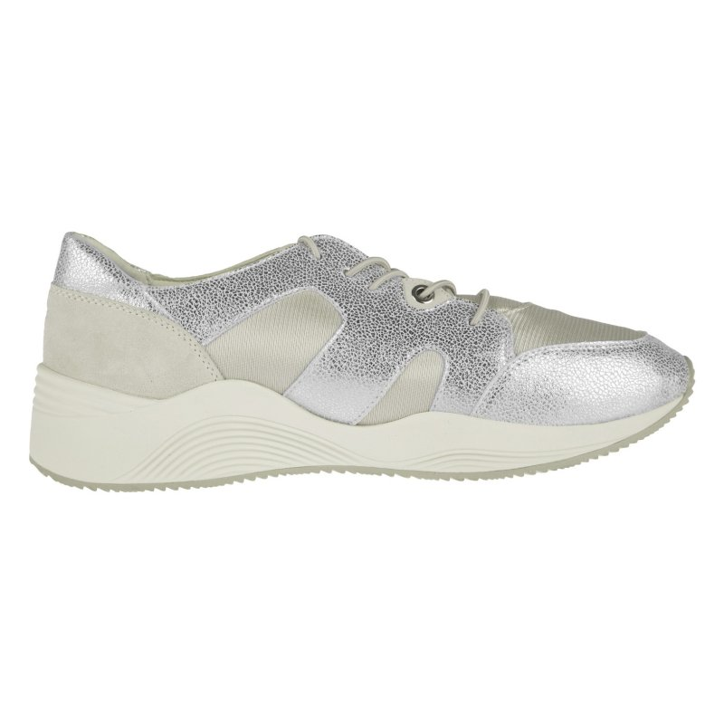 کفش روزمره زنانه جی اوکس مدل D820SD-0QD15-C0628