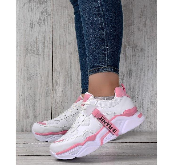 کفش مخصوص پیاده روی زنانه مدل Wh main 1 4