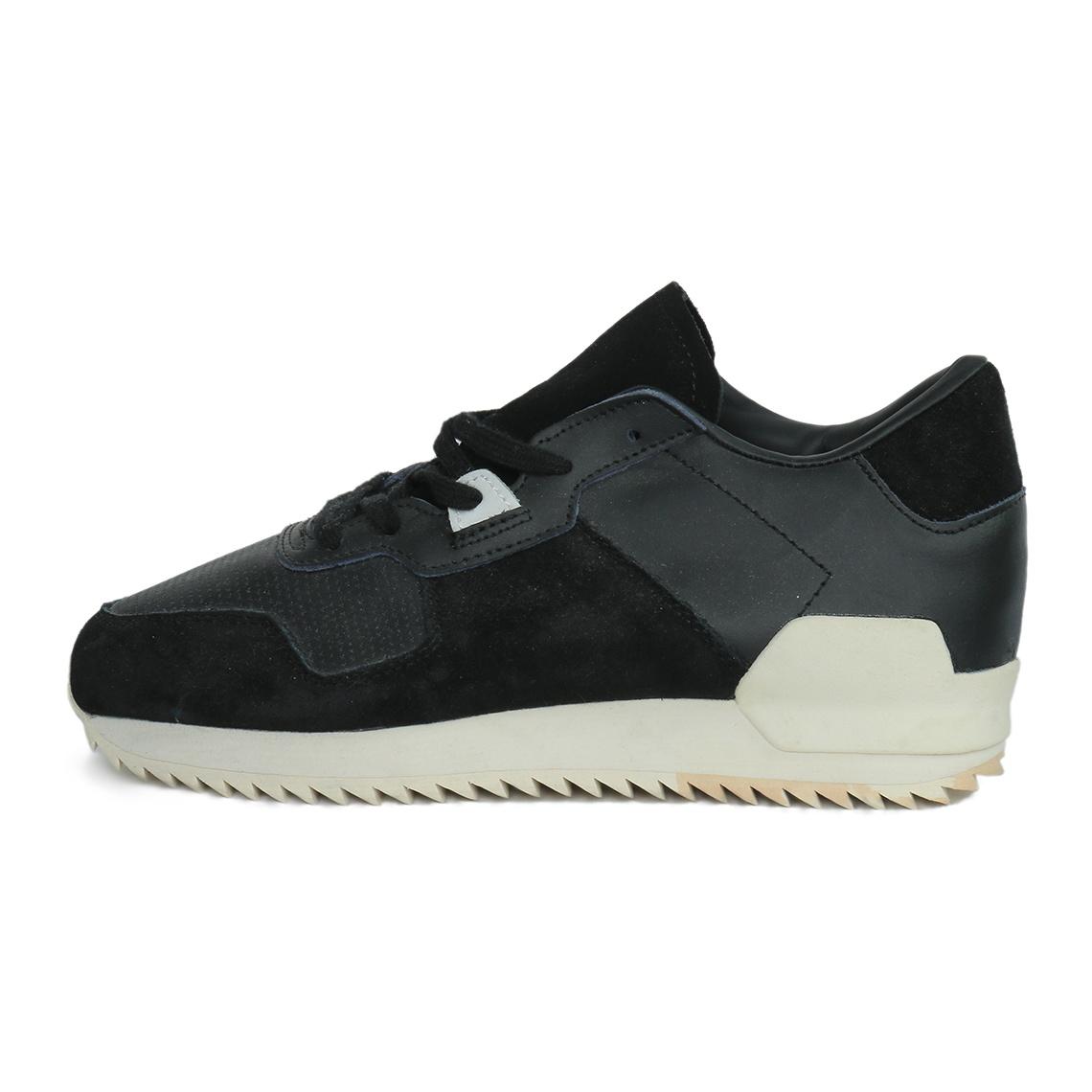 کفش راحتی زنانه آدیداس کد s82520