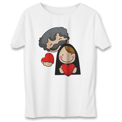 تصویر تی شرت زنانه به رسم طرح زوج کد 577
