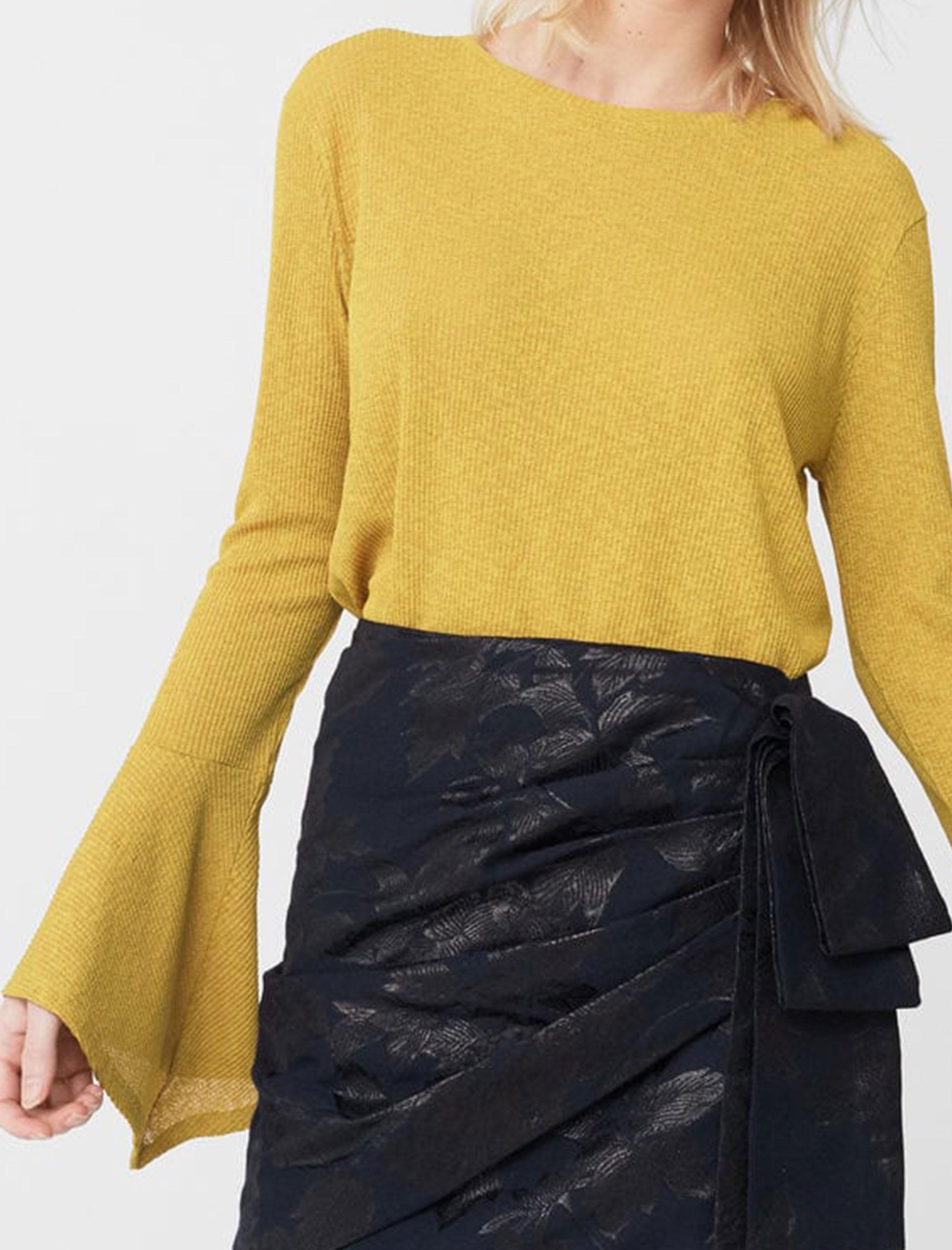 تی شرت یقه گرد زنانه - مانگو - خردلي - 2
