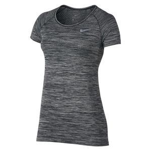 تی شرت ورزشی آستین کوتاه زنانه - نایکی