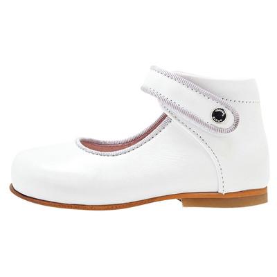 تصویر کفش چرم تخت دخترانه Banelle – جاکادی
