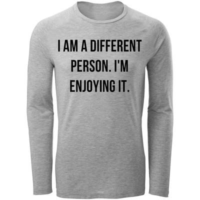 تصویر تی شرت آستین بلند مردانه طرح i m Diferent کد C70