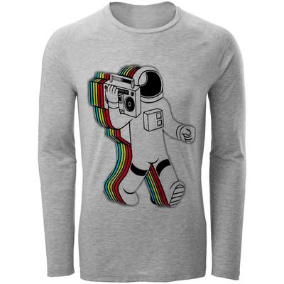 تصویر تی شرت  آستین بلند مردانه  طرح فضا نورد کد B223