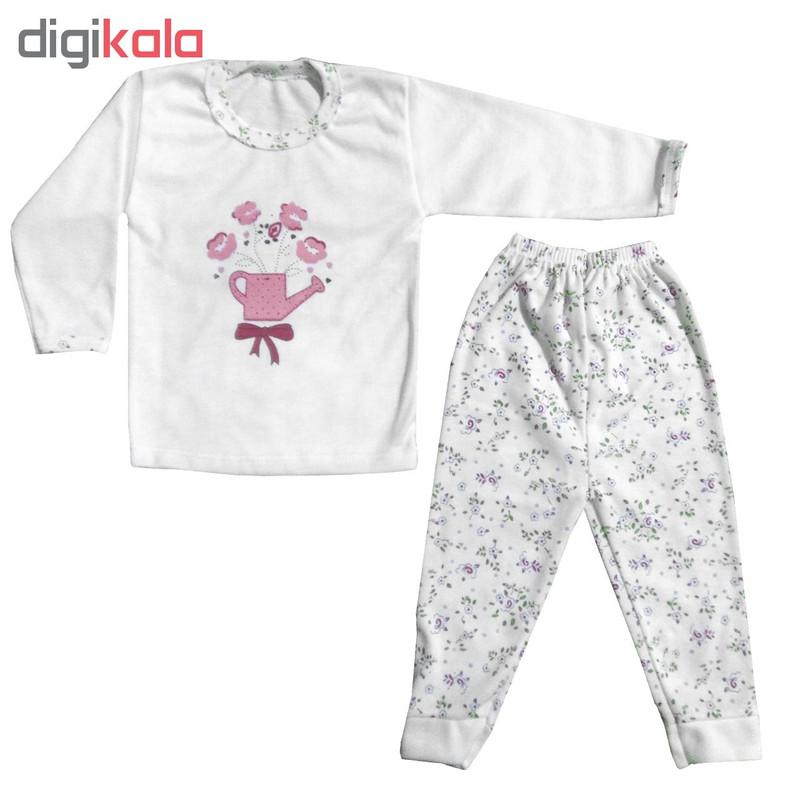 ست تی شرت و شلوار نوزادی طرح گل و آبپاش