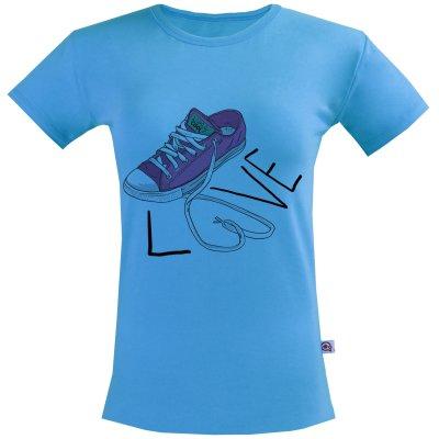 تی شرت زنانه آکو طرح کتونی کد SA84