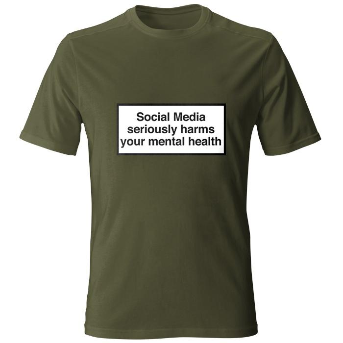 تیشرت مردانه طرح Social Media seriously harms your mental health رنگ سبز