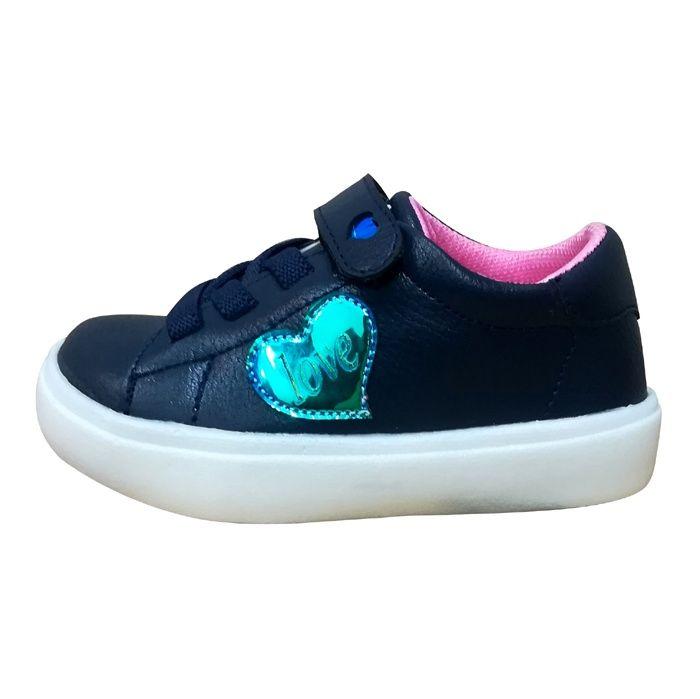 کفش راحتی دخترانه طرح قلب کد 01
