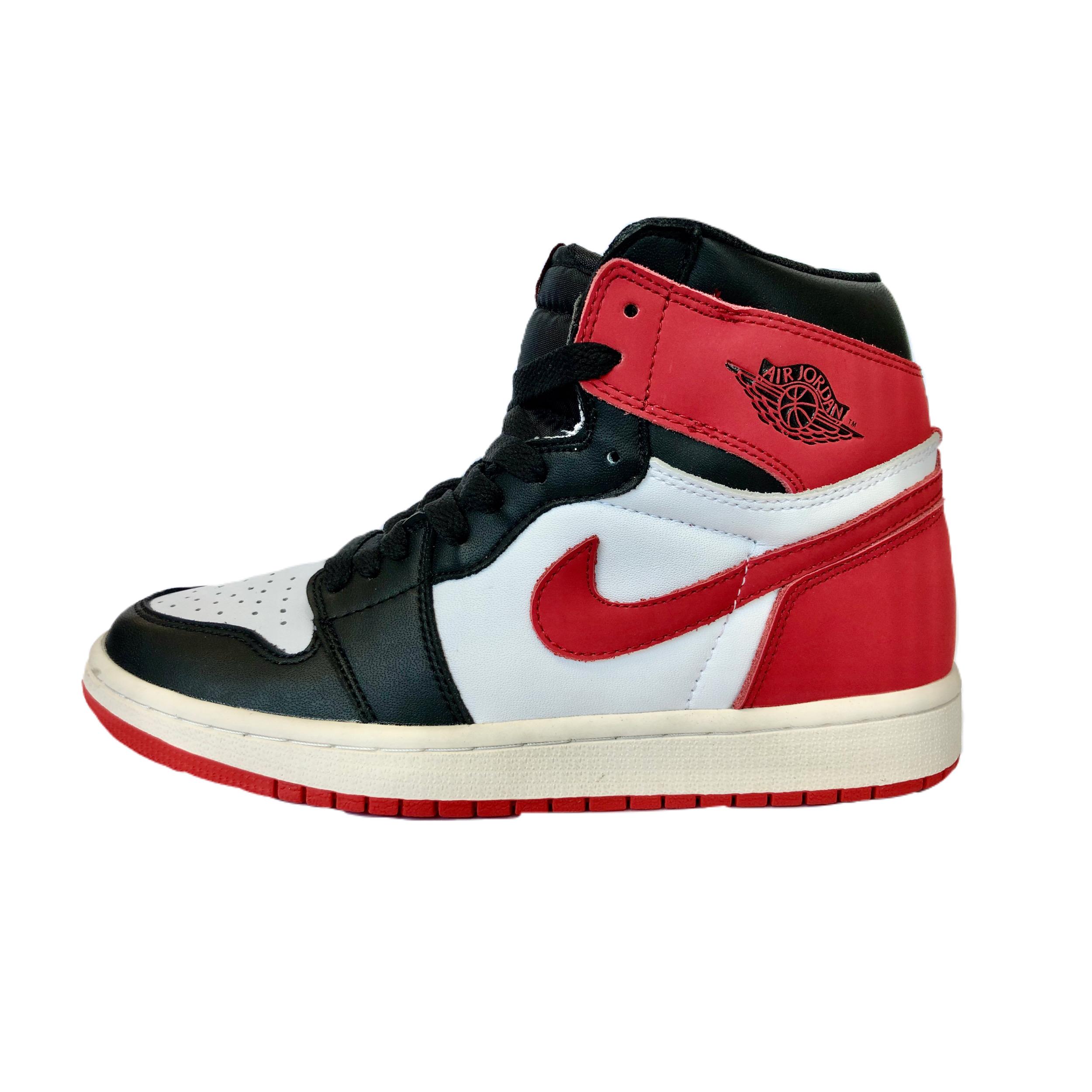 کفش راحتی زنانه نایکی مدل AIR JORDAN 1 RETRO HIGH OG 555088 112