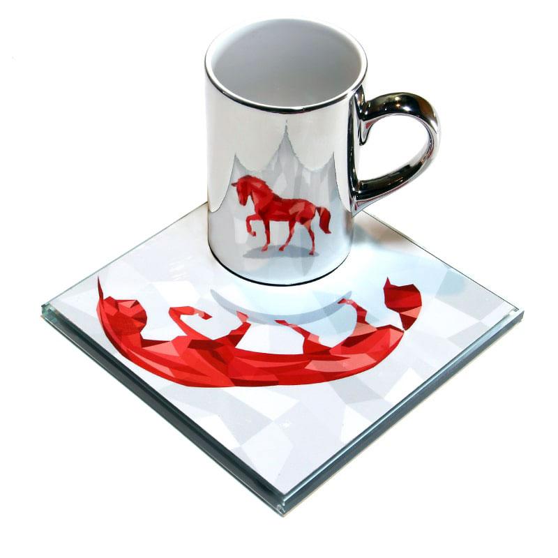 عکس ماگ ویداوین مدل Red Horse به همراه زیرلیوانی