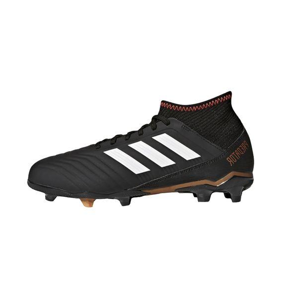 کفش مخصوص فوتبال پسرانه آدیداس سری PREDATOR 18.3 مدل CP9010