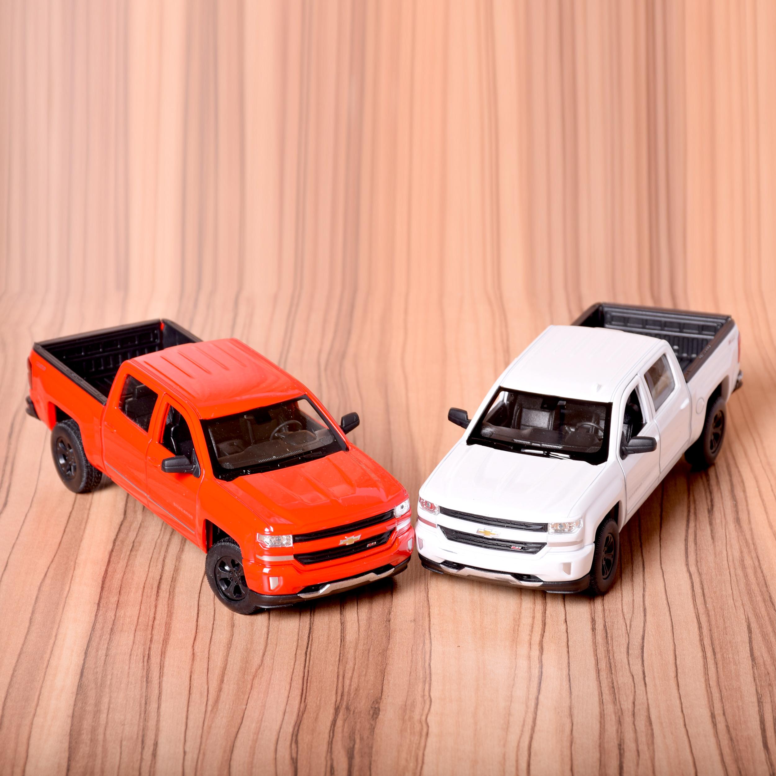 ماشین بازی ولی مدل Chevrolet Silverado 2017