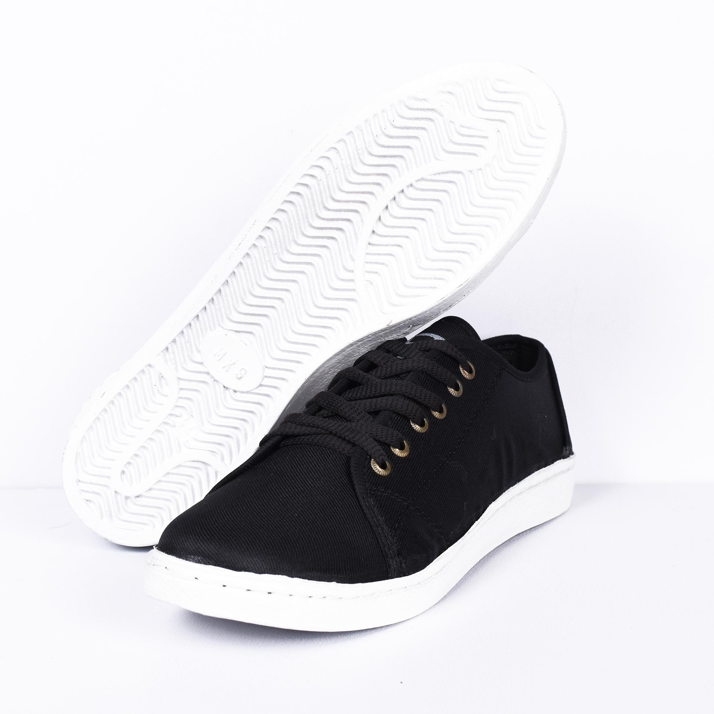 کفش راحتی مردانه کد ۸۸۹۹