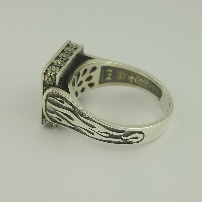 انگشتر نقره مردانه بلو استون طرح فروهر کد 1066-65