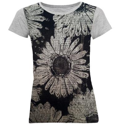 تصویر تی شرت آستین کوتاه زنانه طرح flowers کد M02