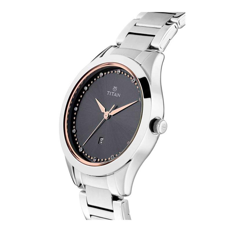 ساعت مچی عقربه ای زنانه تایتن مدل T2570SM07