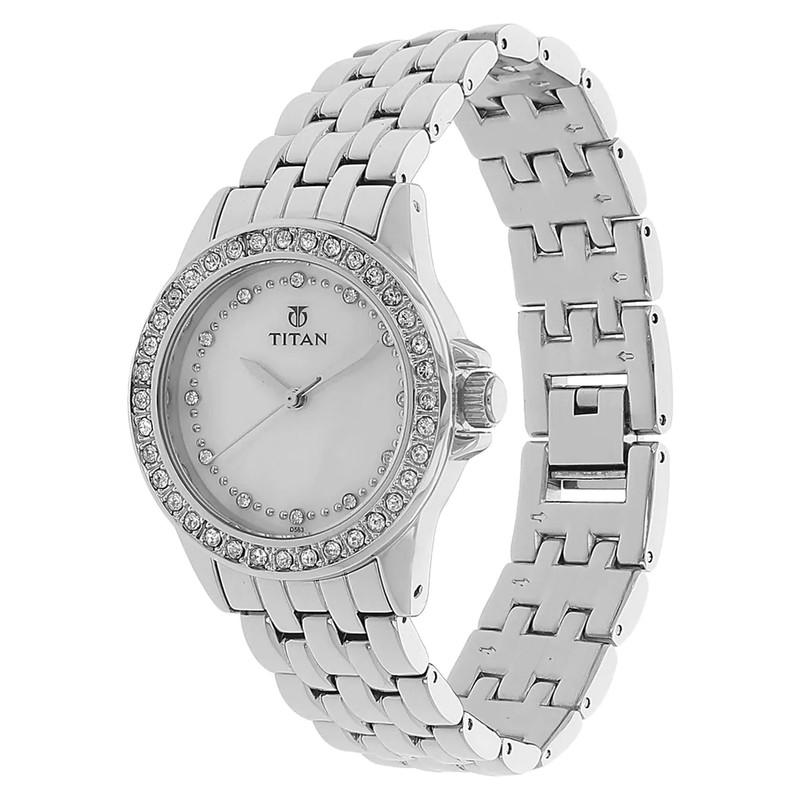 ساعت مچی عقربه ای زنانه تایتن مدل T9798SM02
