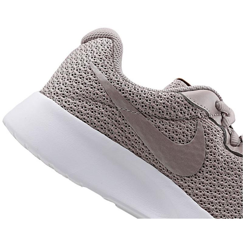 کفش مخصوص پیاده روی نایکی مدل TANJUN