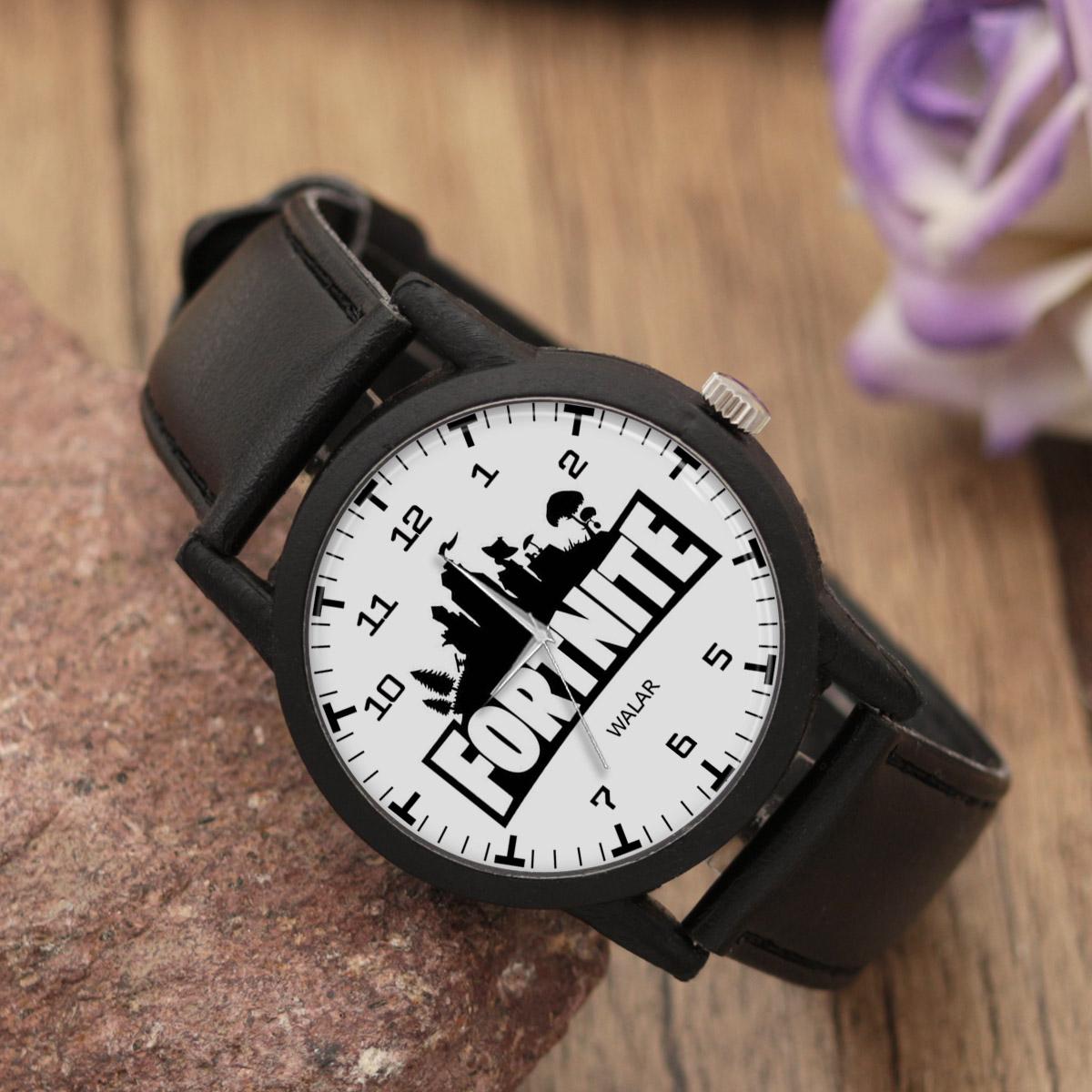 کد تخفیف                                      ساعت مچی عقربه ای والار طرح فورتنایت کد LF2047