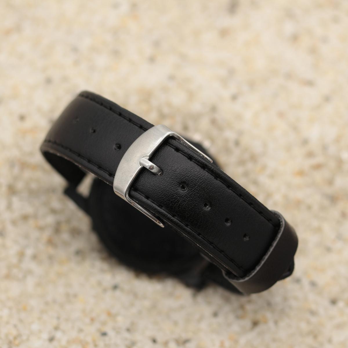 ساعت مچی عقربه ای مردانه والار طرح کاراته کد LF2205
