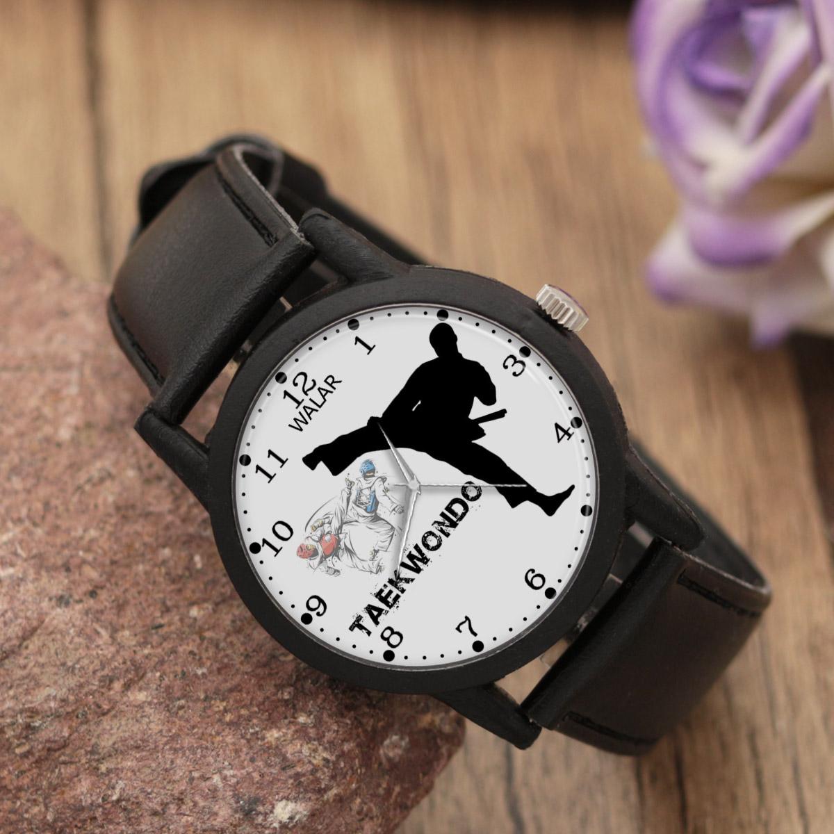 کد تخفیف                                      ساعت مچی عقربه ای مردانه والار طرح تکواندو کد LF2211