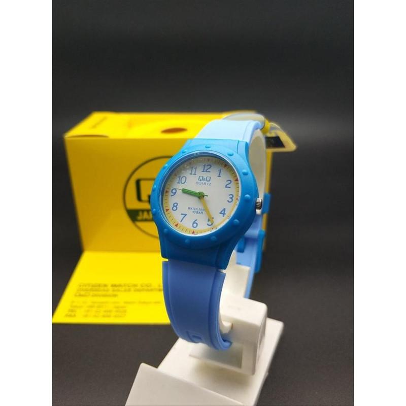 ساعت مچی عقربه ای بچگانه کیو اند کیو مدل VR75J001Y