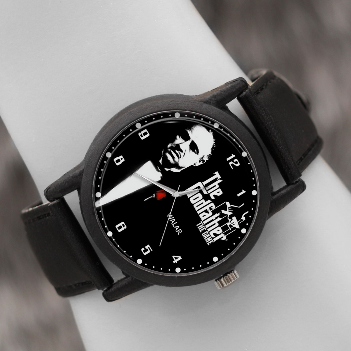 کد تخفیف                                      ساعت مچی عقربه ای والار طرح پدرخوانده کد LF2341