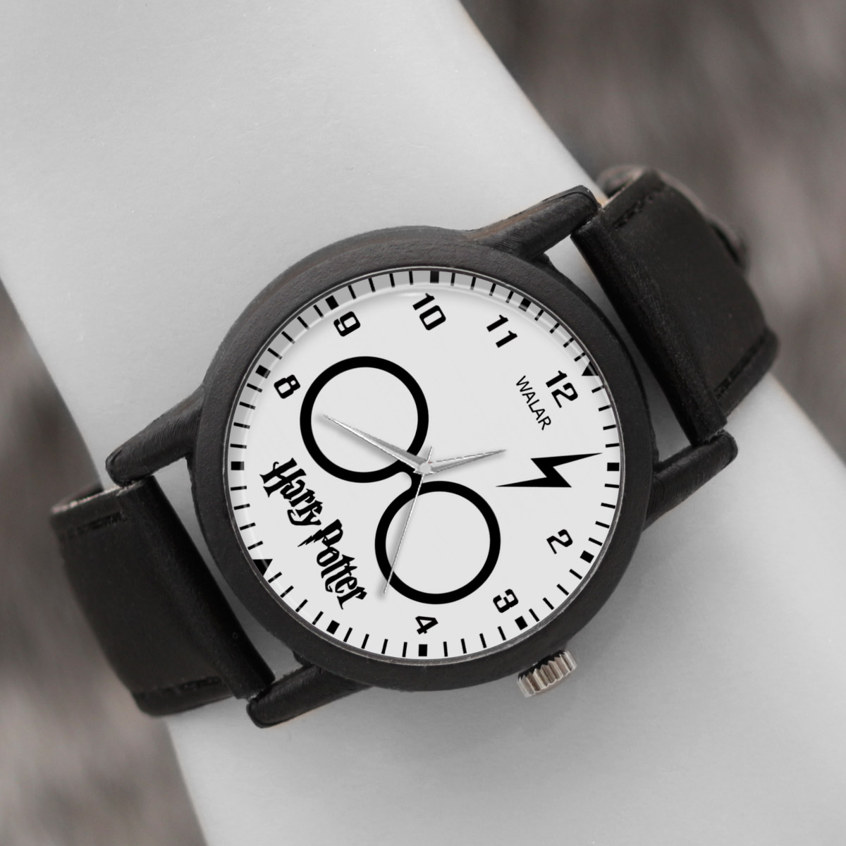 کد تخفیف                                      ساعت مچی عقربه ای والار طرح هری پاتر کد LF2069