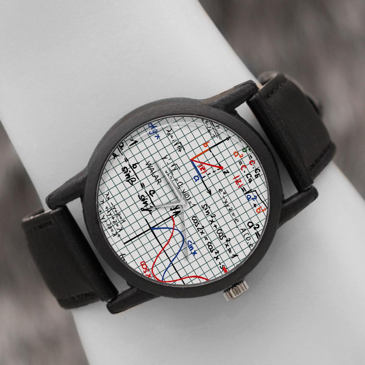 ساعت مچی عقربه ای والار طرح ریاضی کد LF2394
