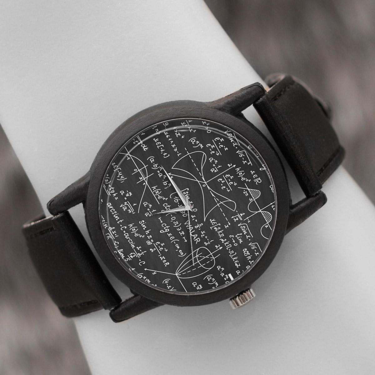 کد تخفیف                                      ساعت مچی عقربه ای والار طرح ریاضی کد LF2397