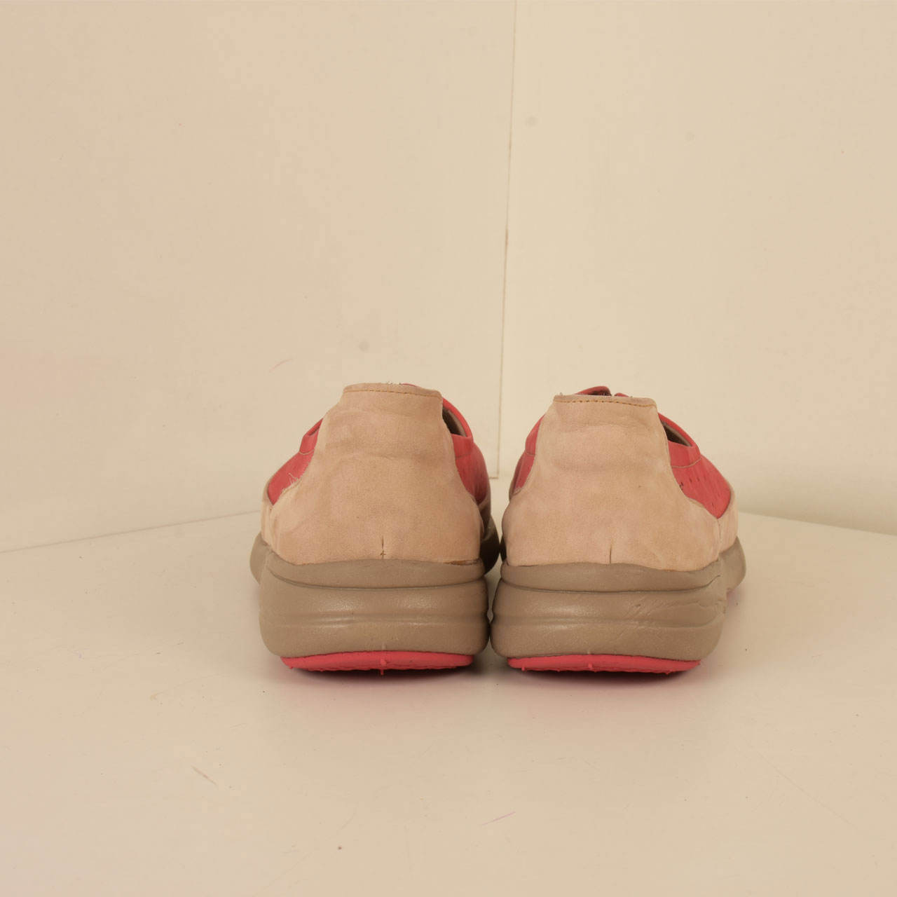 کفش روزمره زنانه پارینه چرم مدل SHOW4-2 main 1 2