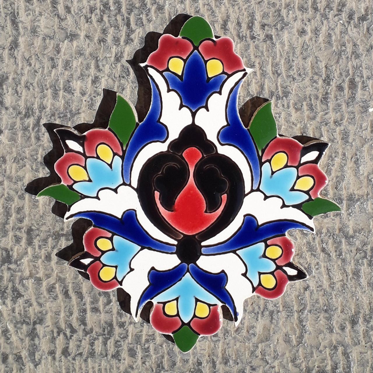 خرید                      کاشی طرح گل شاه عباسی کد 0085