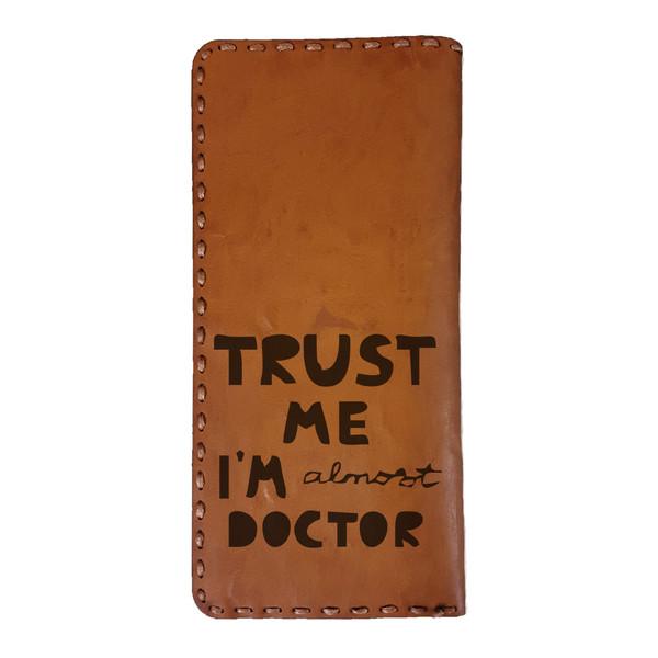 کیف پول مردانه طرح پزشک کد DO16